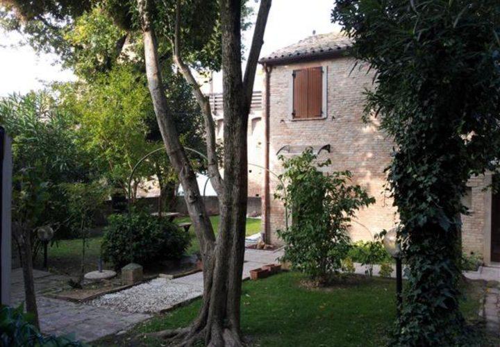Palazzo_di_pregio_e_Storico_in_vendita_nel_Castello_di_Gradara_473s-10