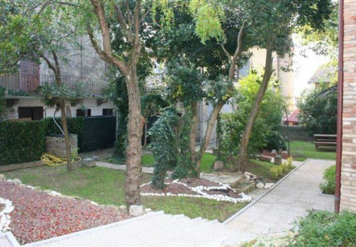 Palazzo_di_pregio_e_Storico_in_vendita_nel_Castello_di_Gradara_473s-18