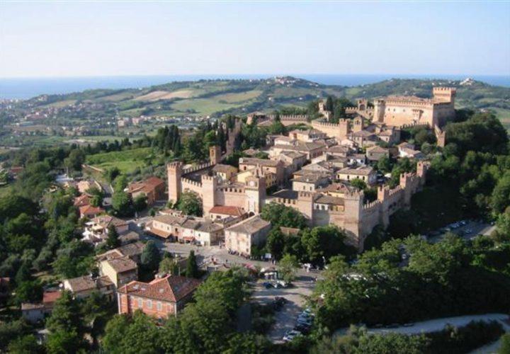 Palazzo_di_pregio_e_Storico_in_vendita_nel_Castello_di_Gradara_473s-23