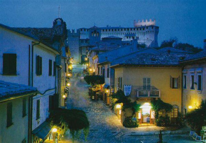 Palazzo_di_pregio_e_Storico_in_vendita_nel_Castello_di_Gradara_473s-3
