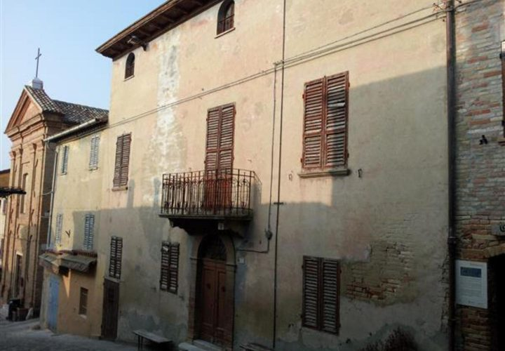 Palazzo_di_pregio_e_Storico_in_vendita_nel_Castello_di_Gradara_473s-4
