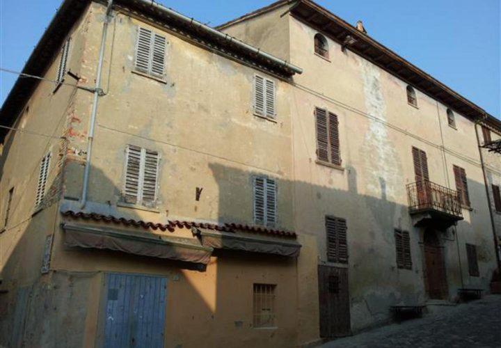 Palazzo_di_pregio_e_Storico_in_vendita_nel_Castello_di_Gradara_473s-5