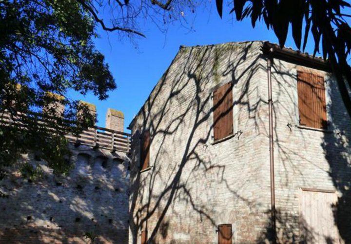 Palazzo_di_pregio_e_Storico_in_vendita_nel_Castello_di_Gradara_473s-8