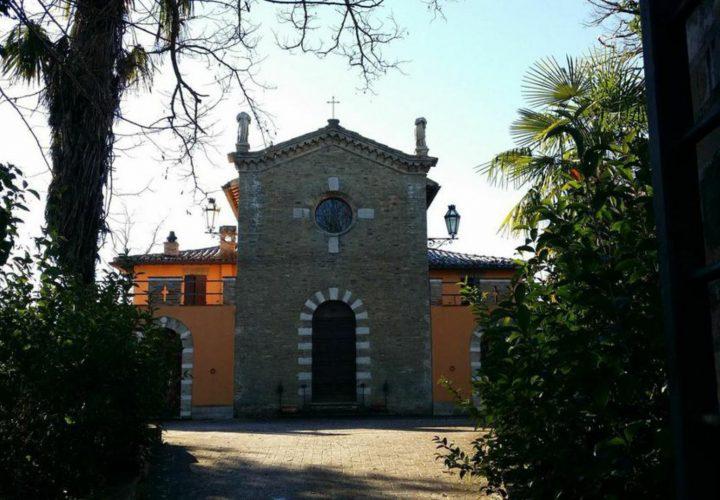 chiesa_consacrata_casa_storica_Urbino_1095 (1)