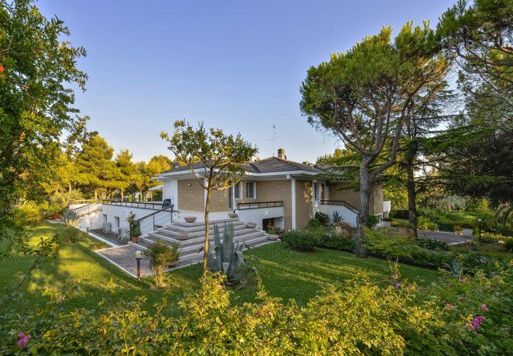 Villa_di_lusso_1329 (24)